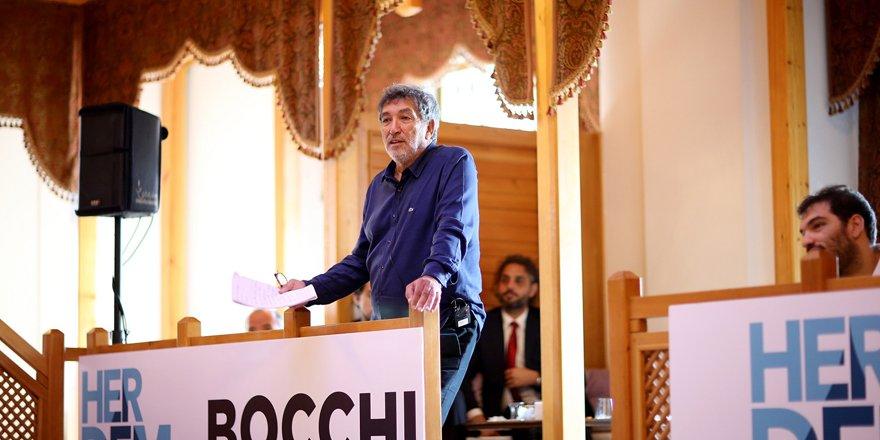 Bocchi, Konya'da hamamları inceliyor