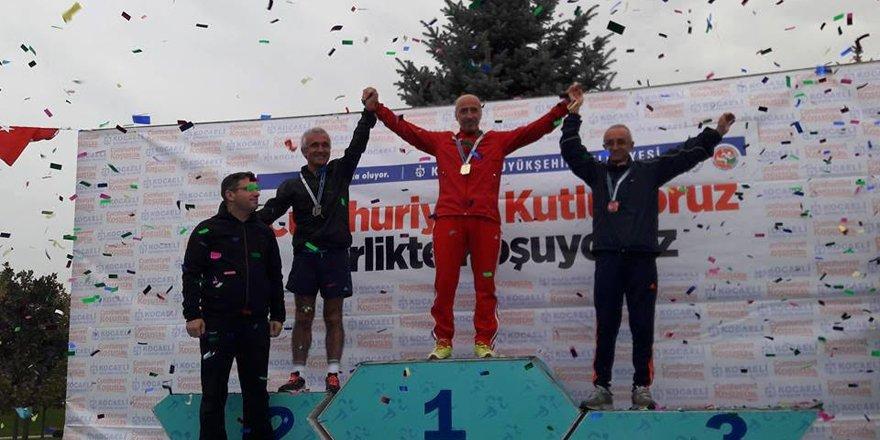 Seyfi Atamer ikinci oldu