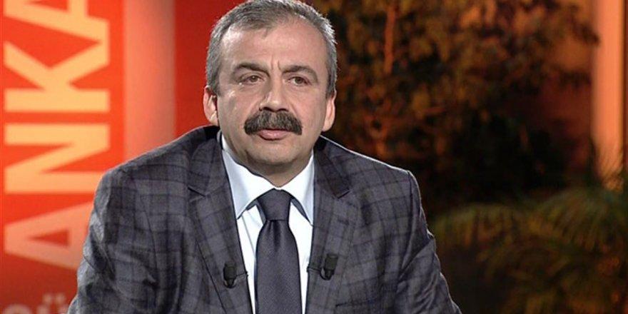 Sırrı Süreyya Önder serbest bırakıldı