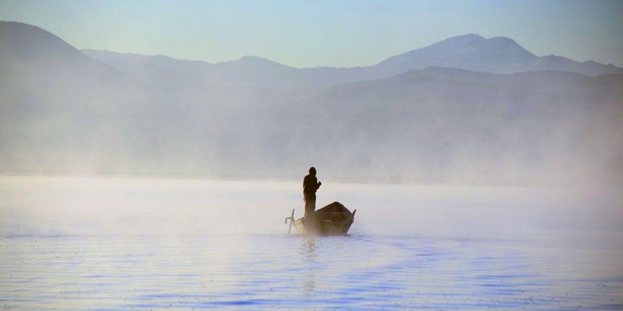 """Suğla Gölü'nde """"ekmek"""" sislerin ardında"""