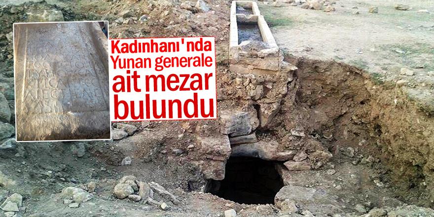 Konya'da, Yunan generale ait mezar steli ele geçirildi