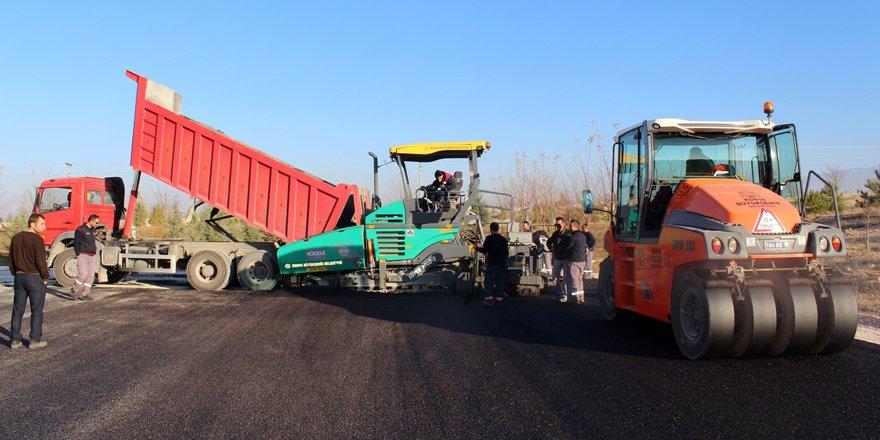 Konya Büyükşehir Belediyesi NEÜ Ereğli Eğitim Fakültesini asfaltladı