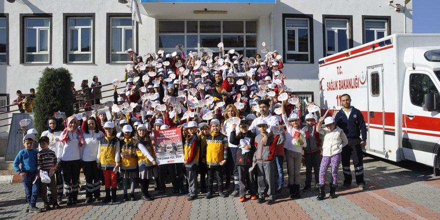 Seydişehir'de 112 çalışanlarından öğrencilere eğitim