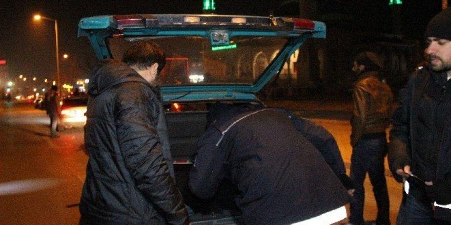 "Konya'da 853 polisle ""Huzur"" operasyonu"