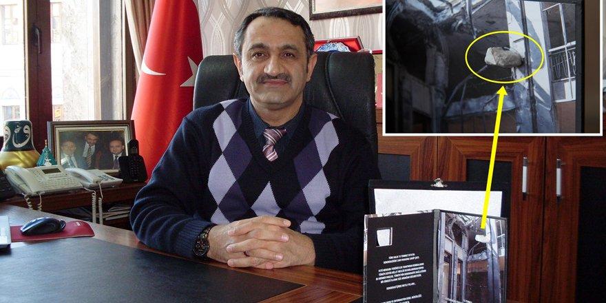 Meclisin parçaları kartpostalda kullanıldı