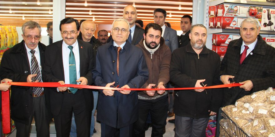 Adese, yılın ilk mağazasını Ankara'da açtı
