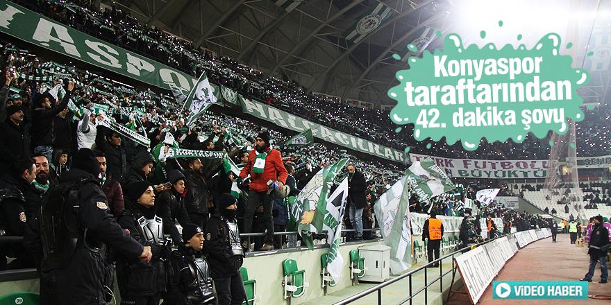 Konyaspor taraftarından 42. dakika şovu