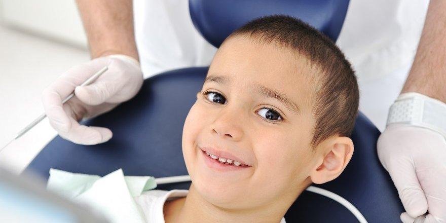 Çocuklarınızın diş bakımını yaptırın