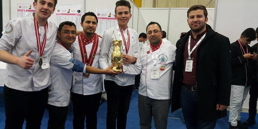 Yemek Yarışması'ndan ödülle döndüler