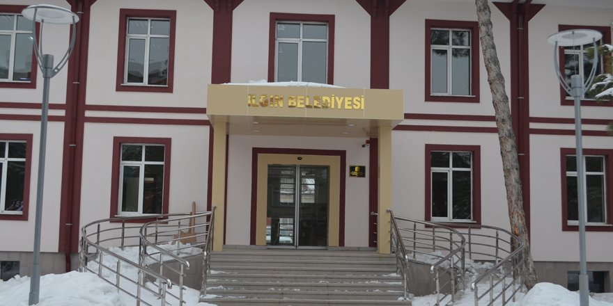 Ilgın Belediyesi yeni hizmet binasına taşındı.