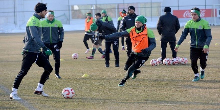 Konyaspor'da hazırlıklar başladı
