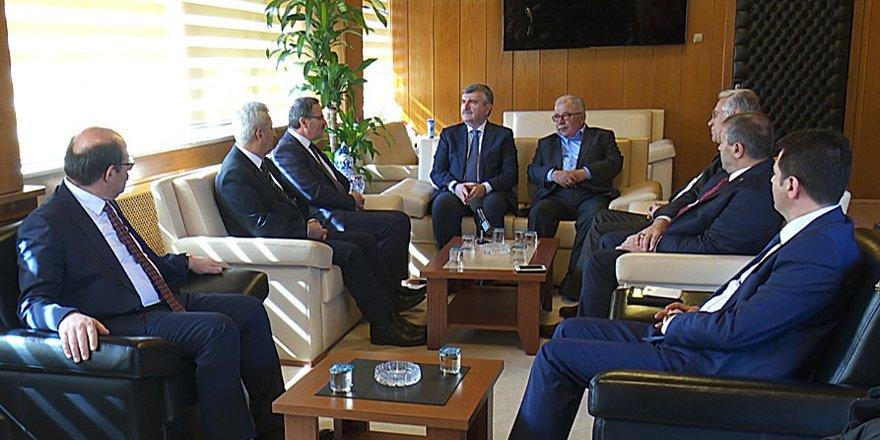 """Akyürek: """"Konya olarak sanayicilerle gurur duyuyoruz"""""""