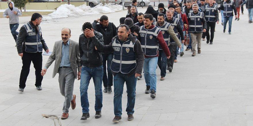 Konya'da aranan 92 kişi yakalandı