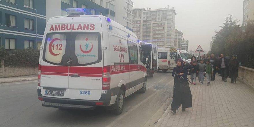 Öğrenci servisi kaza yaptı: 13 öğrenci yaralı