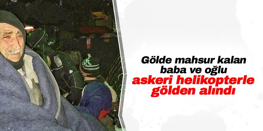 Gölde mahsur kalan balıkçılar askeri helikopterle kurtarıldı