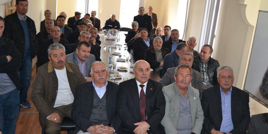 Kulu'da çiftçileri bilgilendirme toplantısı yapıldı