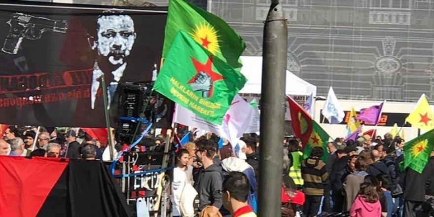 """PKK/YPG'den """"Erdoğan'ı öldürün"""" mitingi"""