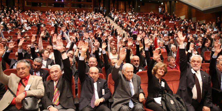 G.Saray'da 2700 üyeye daha ihraç