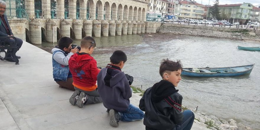Beyşehir'de özel öğrenciler fotoğraf çekti
