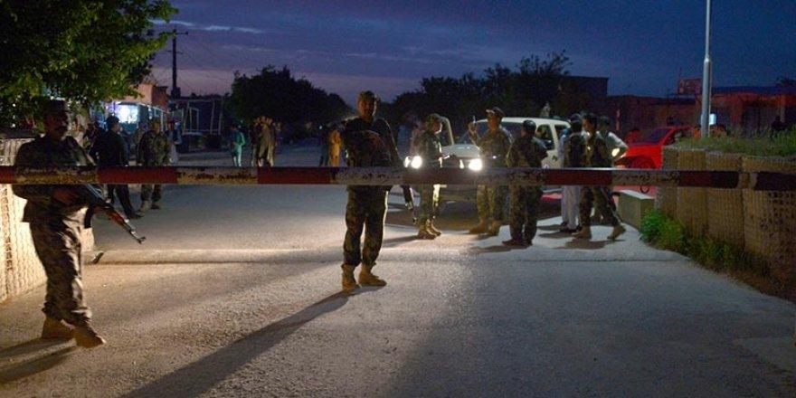 Afganistan'da Taliban saldırısı: 140 ölü