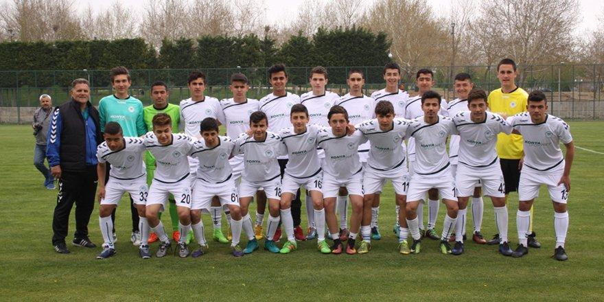 Konyaspor U-15 takımı şampiyon oldu