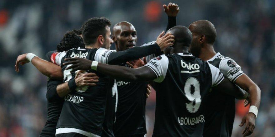 Beşiktaş arayı iyice açtı
