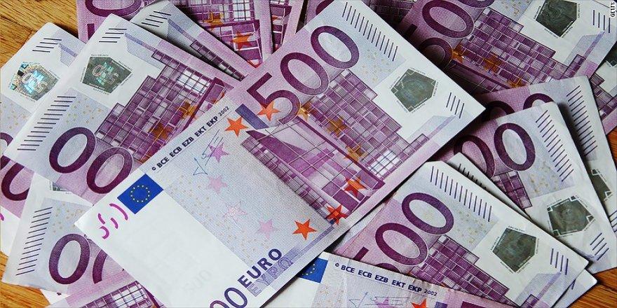 Euro yeniden 4 liraya yükseldi