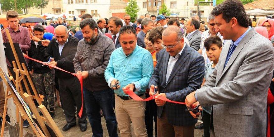 Beyşehir'de okullarda bilim fuarı açılışları