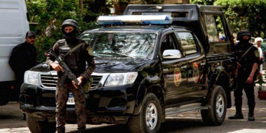 Mısır'da silahlı saldırı: 23 kişi öldü
