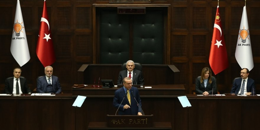 Erdoğan Ak Parti kürsüsünde!