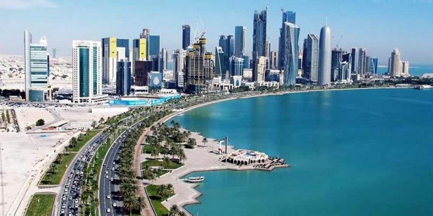 Katar'a Türkiye'den su ve gıda gidiyor