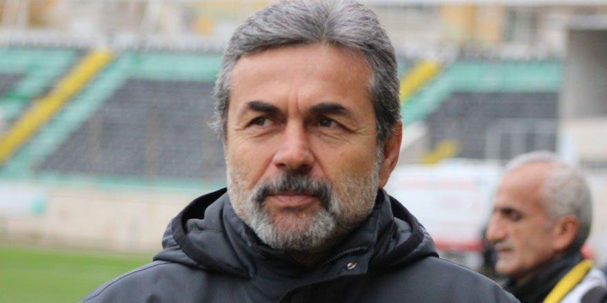Aykut Kocaman golcüsünü bekliyor