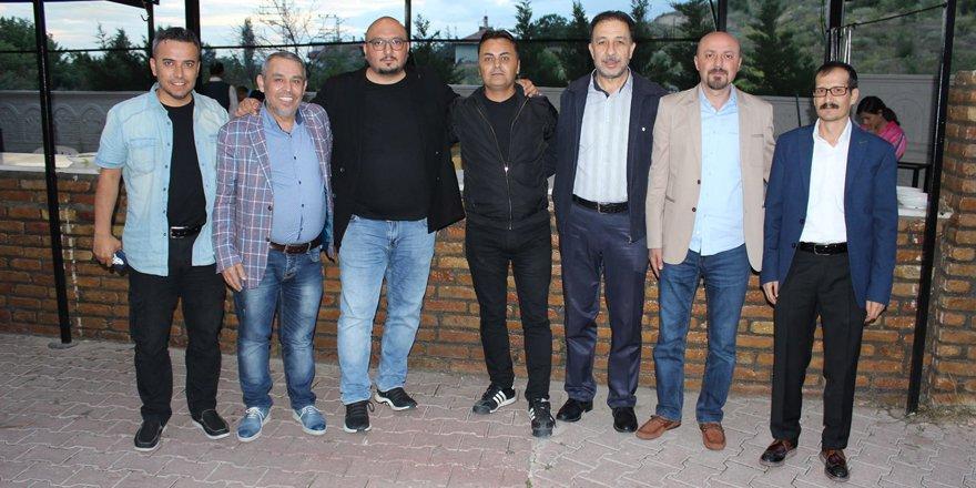 Medya F Group iftar yemeğinde bir araya geldi
