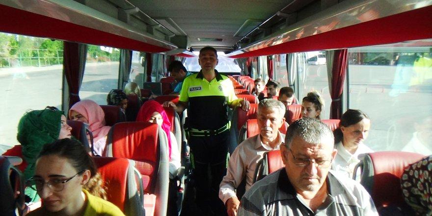 Şehirlerarası otobüslerde emniyet kemeri denetimi