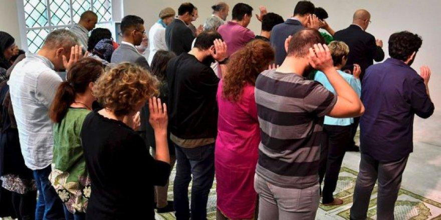 FETÖ'nün Almanya'daki sözde camisi