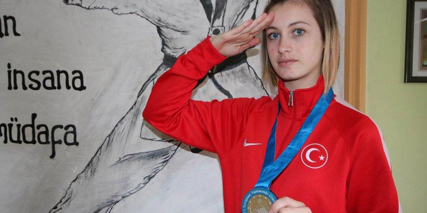 Başkan Şan'dan şampiyona kutlama