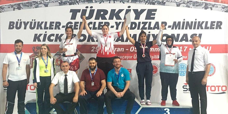 Aybüke Betül Aras Türkiye şampiyonu oldu