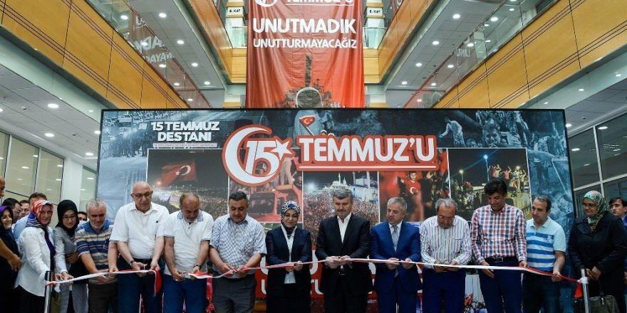 Meram'da 15 Temmuz destanı fotoğraf sergisi açıldı