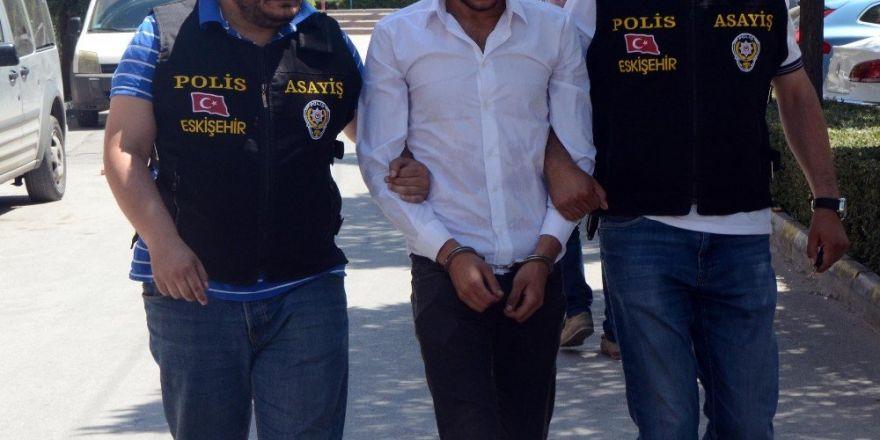 Eskişehir'de av tüfeği ile bir kişiyi yaralayan şahıs Konya'da yakalandı