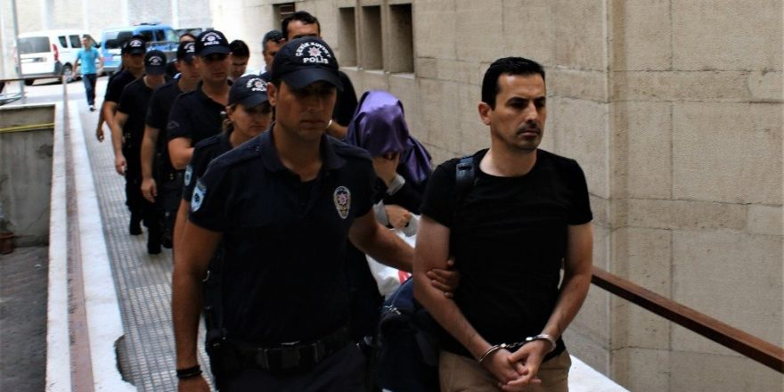 Konya'da FETÖ/PDY soruşturmalarında 8 bin 593 şüpheli hakkında işlem yapıldı