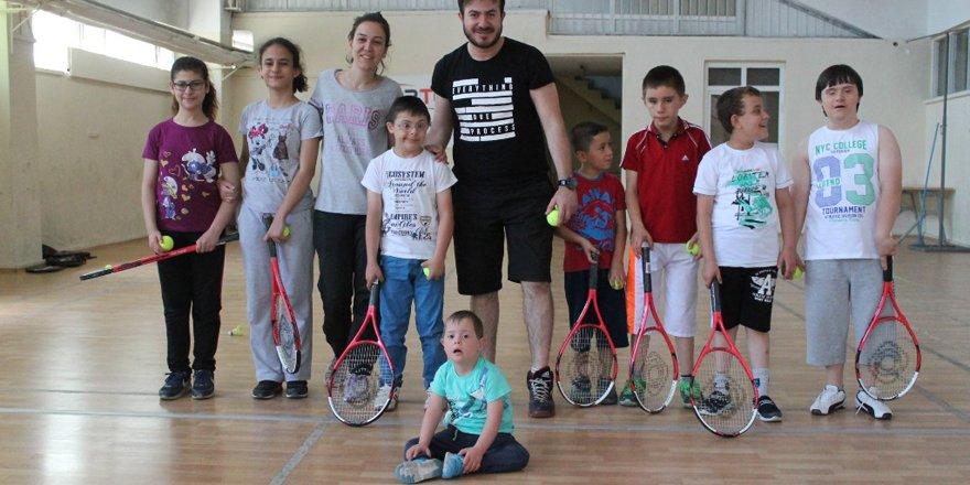 Yaz spor okulları 'özel' misafirlerini ağırlıyor