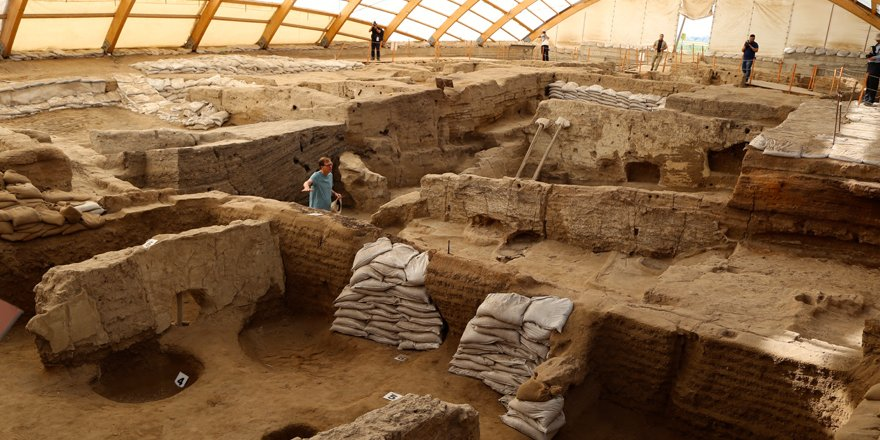 """Çatalhöyük toplumu """"4 bin yıl"""" savaş görmemiş"""