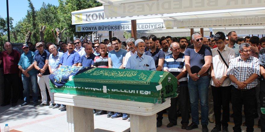 Basın camiasının 'Ayşe ablası' dualarla defnedildi