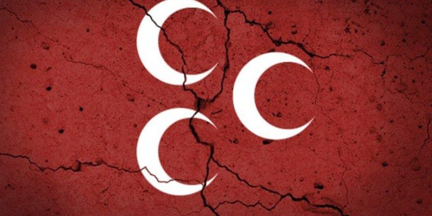 625 kişilik Meral Akşener istifası