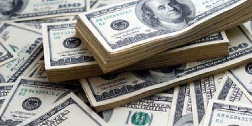 Dolar hafif yükselerek güne başladı