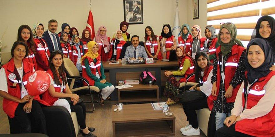 Gönüllü gençler Konya'da