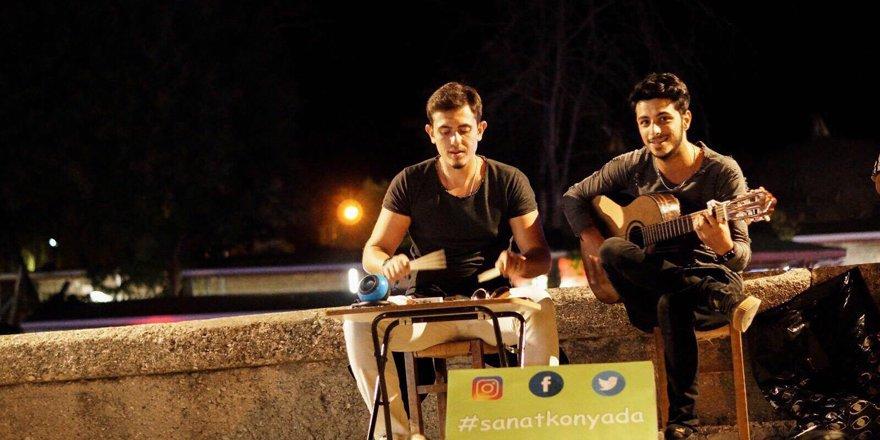 Konyalılar'a müziği sevdiriyorlar