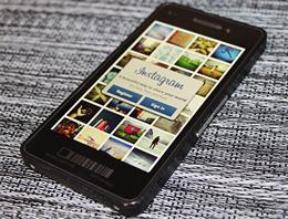 BlackBerry 10lu Z10 kaç para?