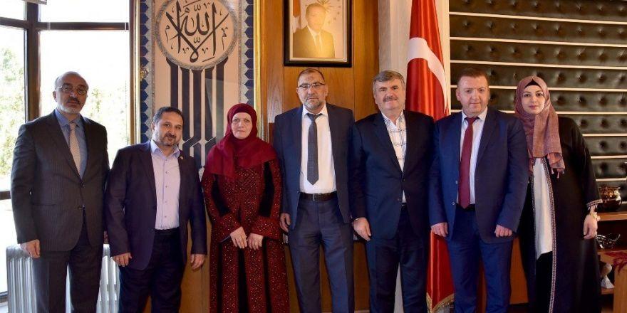 """Başkan Akyürek: """"Filistinli insanlarımızın davasının yanındayız"""""""