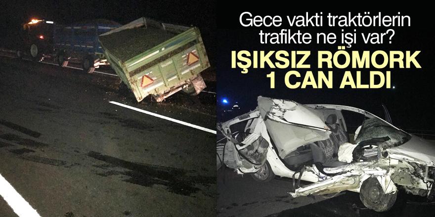 Konya'da otomobil traktör römorkuna çarptı: 1 ölü, 2 yaralı